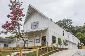 modern farmhouse another modern farmhouse pops up in reynoldstown aiming to corral