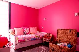 comment d馗orer une chambre de fille couleur fushia peinture avec peinture chambre fille idees et