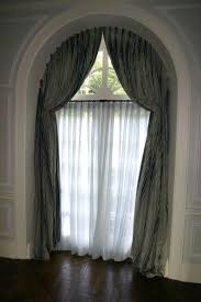 How To Hang A Valance Scarf by Best 25 Arched Window Curtains Ideas On Pinterest Arched Window