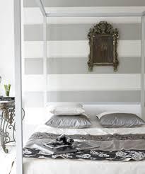 Black Room Decor Room Decor With Stylish Stripes Illusion