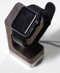 the week of apple watch stands continues dodocase dual charging
