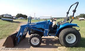 2006 new holland tc29da mfwd tractor item da6873 wednesd