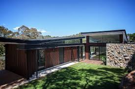 Butterfly House Architecture House In Stone Glass And Steel Overlooking The Yarra River