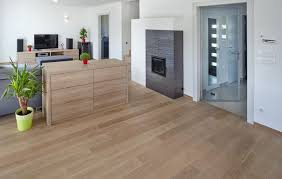 Laminate Flooring With Pad Laminate Flooring With Attached Pad Shortens The Laying Process