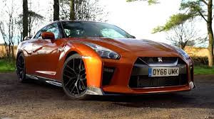 nissan gtr youtube review the 2017 nissan gt r chris harris drives top gear youtube
