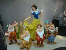 resin sculpture snow white and the seven dwarfs frp statue