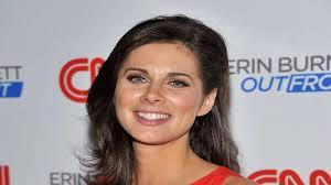 short hair female cnn anchor erin burnett bio net worth salary children husband