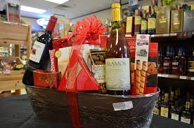 liquor gift baskets gift baskets at vics liquor store in the woodlands