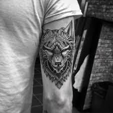 tattoo tribal no antebraço guia tatuagem tatuagem de lobo significados e inspirações