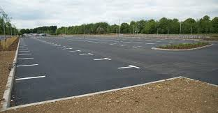 520 space car park and modular building for jaguar land rover in