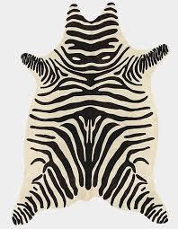 tappeti pelle di mucca tappeto moderno a motivi in pelle di mucca zebra tisca italia