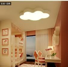 lumiere chambre enfant nuage blanc enfants chambre lumières trois lumières couleur de bande