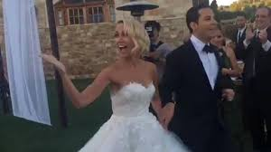 Wedding Dress Cast Pitch Perfect Cast Reunite At Anna Camp And Skylar Astin U0027s