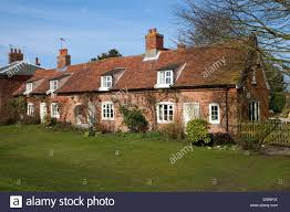 English Country Cottages Row Of Country Cottages Orford Suffolk England Stock Photo