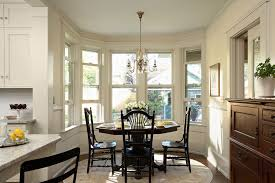 benjamin moore rich cream dining room victorian with crown molding