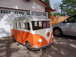 volkswagen microbus 2017 this dude built his daughter a vw microbus bunk bed for 100 and