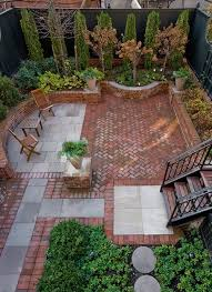 Brick Patio Design Ideas Best 25 Brick Courtyard Ideas On Pinterest Patio Courtyard