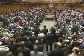 chambre des communes ce parlement européen va interdire aux députés l emploi d un proche