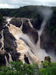 famous waterfalls in the world 104 world s most famous and amazing waterfalls part 1