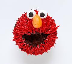 elmo cupcakes elmo cupcakes i am baker