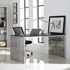 gridiron stainless steel dining table in silver eei 1433 slv