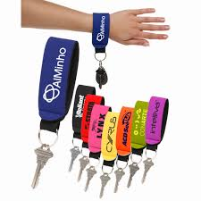 personalized plastic keychains discountmugs