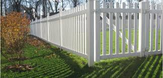 sensational photograph small garden fence ideas as chain link