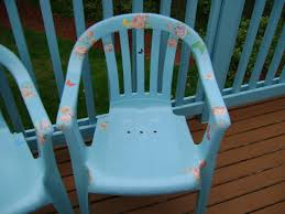 plastic patio chairs painted and decoupaged wanna see