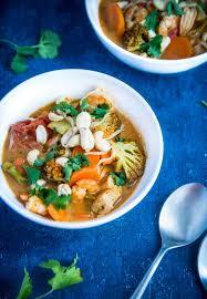 cuisine thailandaise traditionnelle soupe thaïe aux crevettes épicées tom yam kung geekette cuisine