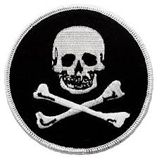 amazon com jolly roger embroidered patch pirate skull crossbones