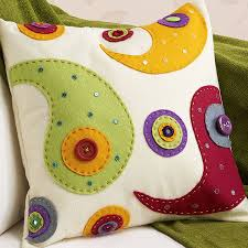 how to make a felt applique cushion applique cushions appliques