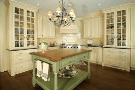 Country Kitchen Lights by French Country Kitchen Lighting Chandeliers Buying Tips And
