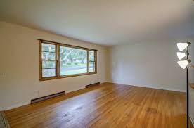 Laminate Flooring Madison Wi 1418 Mayfield Ln Madison Wi 53704 Mls 1813921 Coldwell Banker