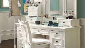 Small Bedroom Vanity by Cute Bedroom Vanity Table Used Oval Wall Mirror And Round Chair