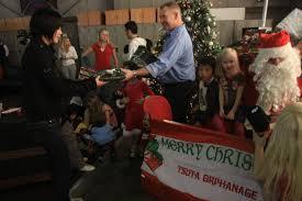 marine firefighters share christmas spirit with orphans u003e marine