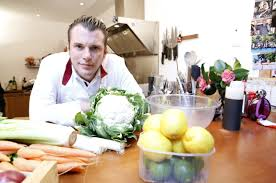 livre de cuisine norbert commis en cuisine a trainee chef at work with commis en