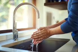 What Is The Best Way To Clean A Bathtub Should You Be Washing Your Hands With Dish Soap Reader U0027s Digest