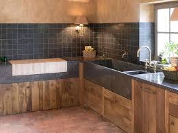 cuisine maison bois cuisine maison intacrieur convivial au design rustique en