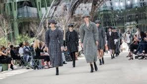 chambre syndical de la couture chanel haute couture f w 2015 16 westmountfashionista