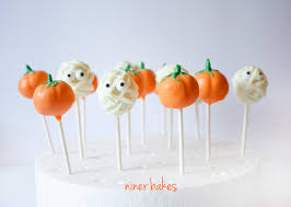 halloween cakes to make halloween pumpkin cake pops u0026 googly spooky mummies cake pops
