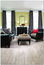Piano Finish Laminate Flooring 61 Best Laminate Images On Pinterest Flooring Options Flooring