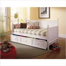 amazon com twin size wood daybed in white finish w trundle
