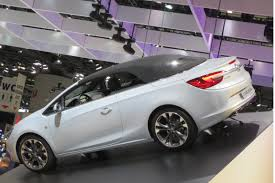 opel cascada 2013 file opel cascada rear closed jpg wikimedia commons