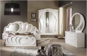 schlafzimmer klassisch einfach schlafzimmer klassisch wei mit schlafzimmer ruaway