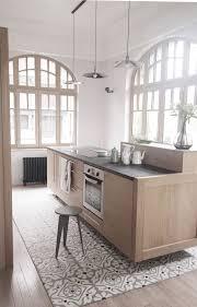 carrelage cuisine mosaique des tons neutres et doux pour la cuisine avec carrelage en mosaïque