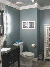 Small Bathroom Paint Color Ideas by Best 20 Small Bathroom Paint Ideas On Pinterest Small Bathroom