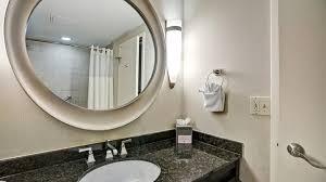 Vanity Greenwood Mall Doubletree Downtown Hotel In Wilmington De