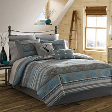bedroom wood floorings with bed side table and twin bedspreads