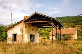 house building tips travel to bulgaria architecture wood farm countryside house