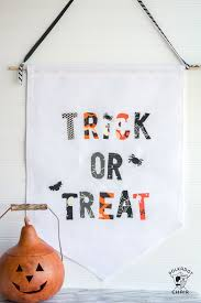 more than 25 cute things to sew for halloween the polka dot chair